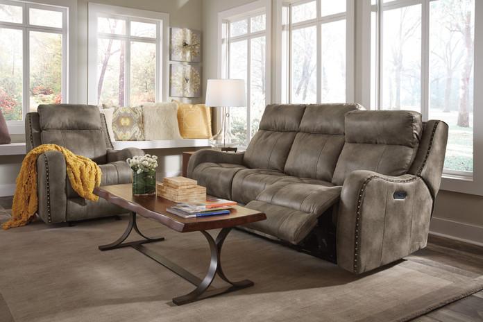 Springfield Flexsteel Living Room.jpg