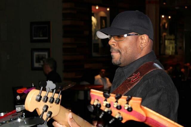 Custom Bass Straps ~ Eddie Pruitt