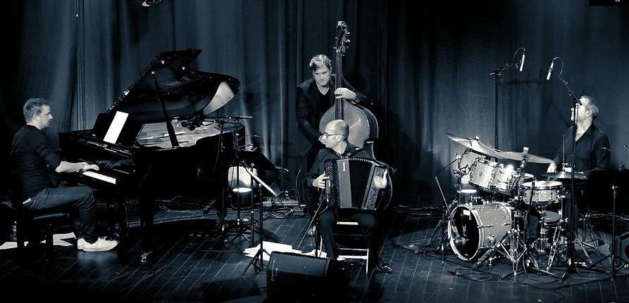 quartet 6.JPG