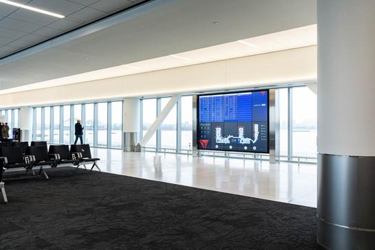 Concourse G Holdroom