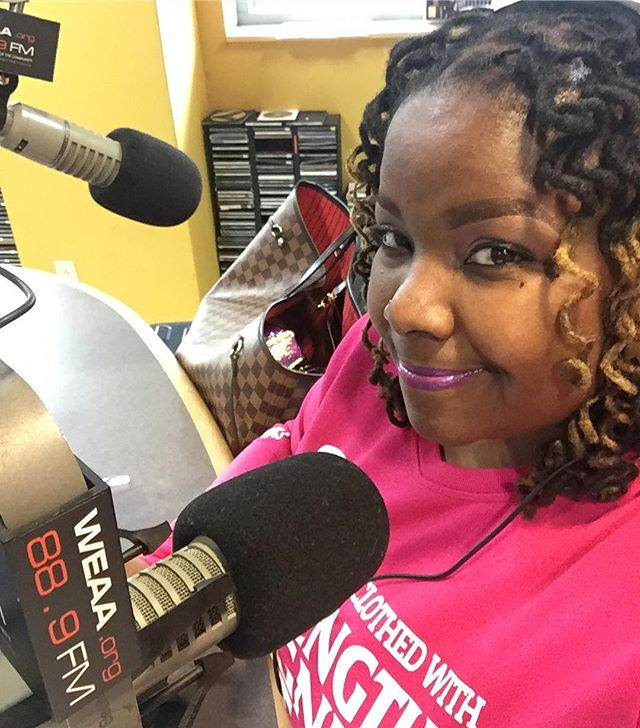 It's FRIIIIIIDAYYYYYY!!!! _womenonair #womenontheair #morningswithmykel #weaa #baltimoreradio #balti