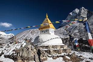 Buddhist stupa Dingbouche.jpg