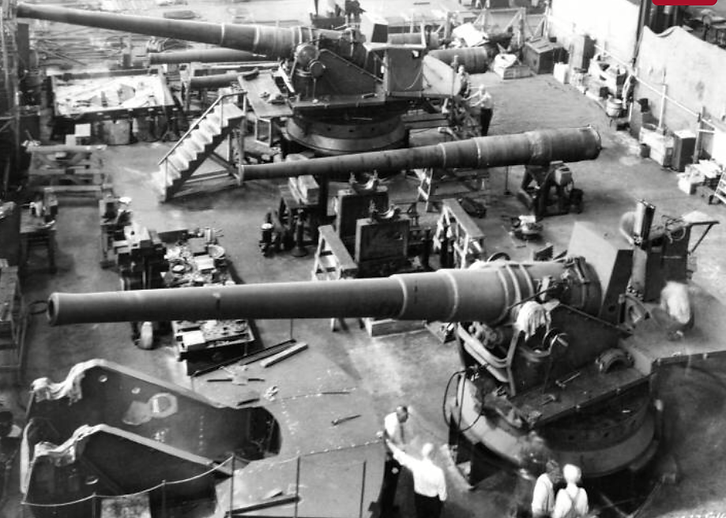 BLW 1942 gun mounts crop.png