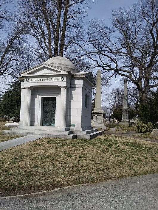 bergdoll and filbert graves.jpg