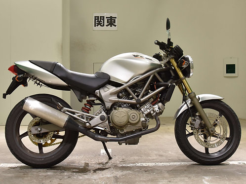 Honda VTR250 Street Bike