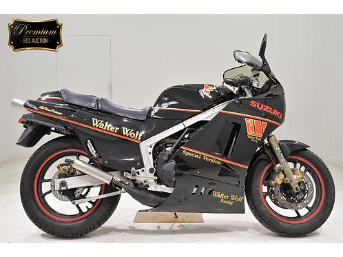 Suzuki RG400 Sport Bike