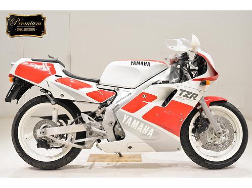 Yamaha TZR250-3 Sport Bike