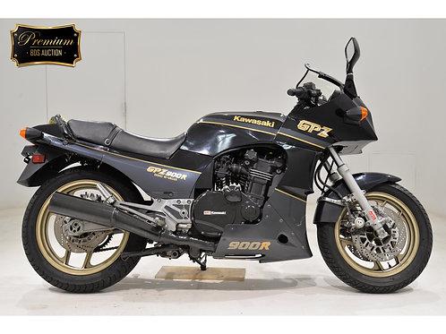 Kawasaki GPZ900R Sport Bike
