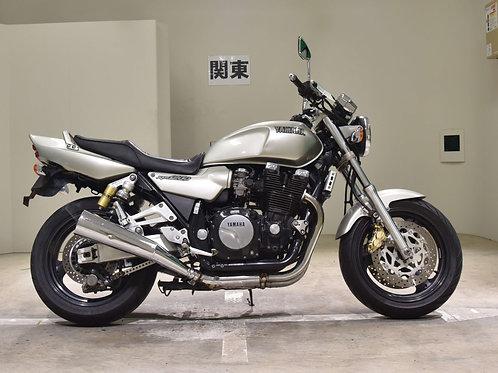 Yamaha XJR1200 Street Bike
