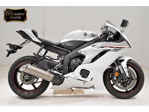 Yamaha YZF-R6 Sport Bike