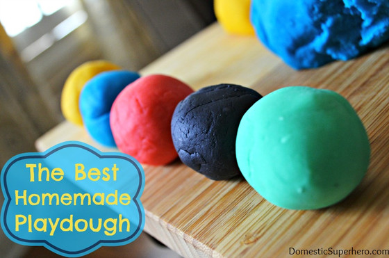 Making Home Made Playdough
