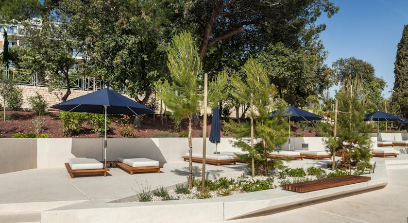 Hoffman Ospina Landscape Design International Properties