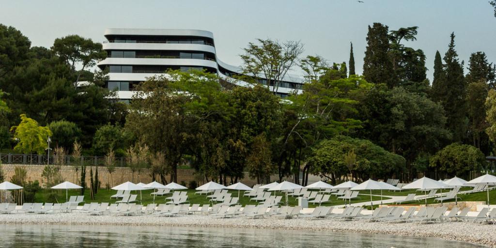 Hoffman Ospina Luxury Landscape Design