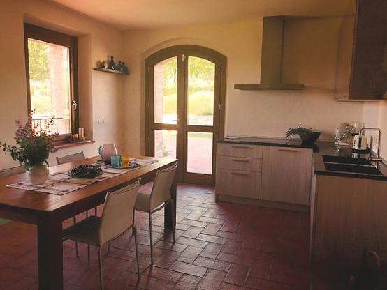 Casa Monteverde - Modern Kitchen