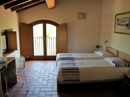 Casa Monteverde - 2 Single Beds