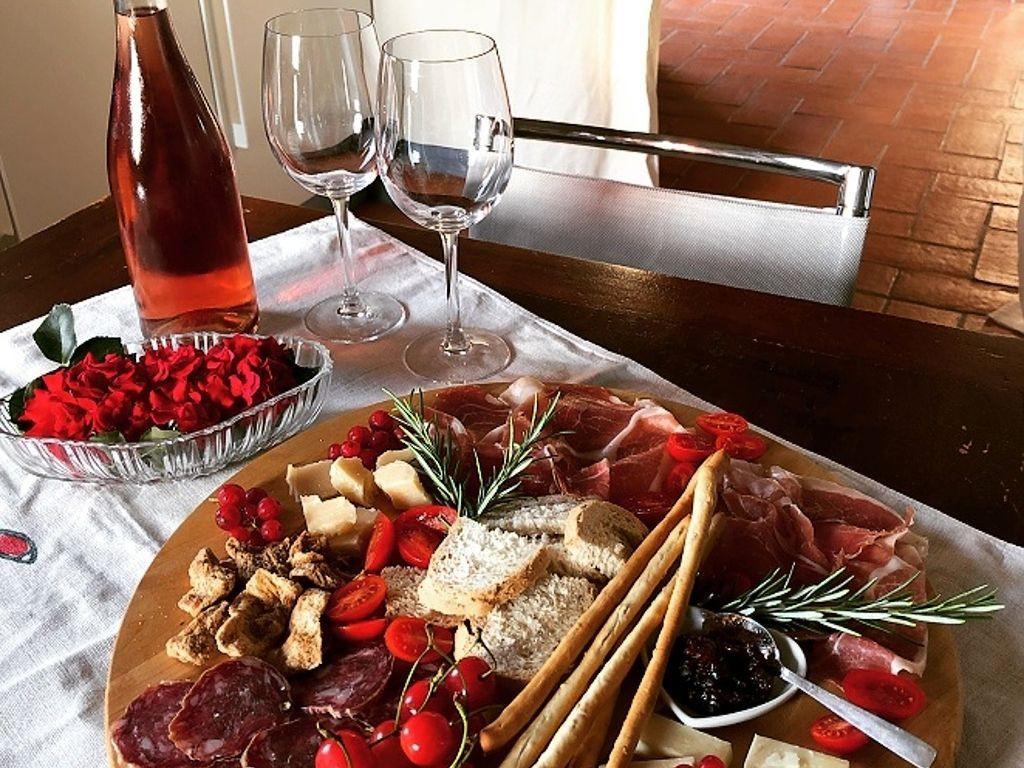 Wine & Food Tasting