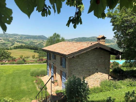 La Casetta - A Romantic Stay with a View