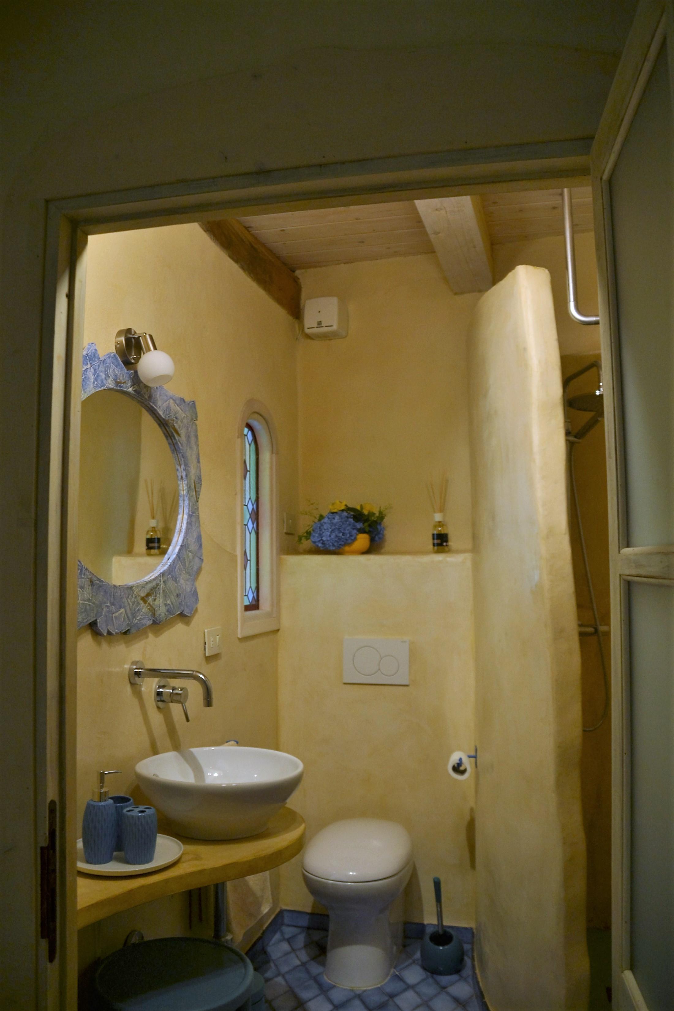 bagno stanza della terra