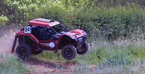 Revolution 4x4 Jumping in Comp Safari Race
