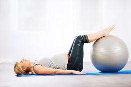 yoga-pilates-grossesse.jpg