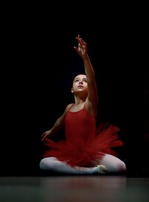 girl-wearing-red-tutu-2285932.jpg