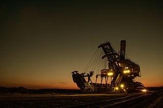 mining-excavator-1736289.jpg