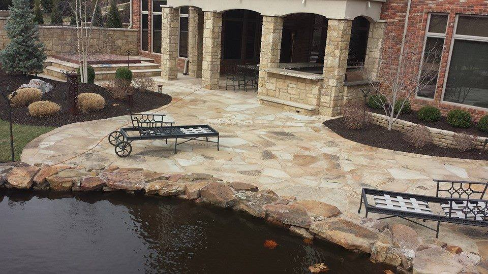 natural stone water feature olathe
