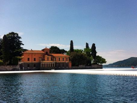 The Floating Piers, camminare sul lago