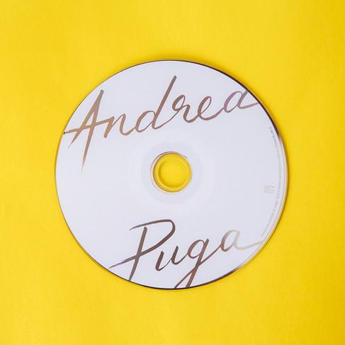 """Diseño gráfico y fotografías por Leyda Luz para album """"Libre"""" de Andrea Puga"""