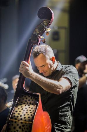 backstage-molotov_1.jpg