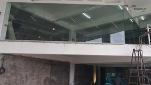 Glass Installation: VIP Suite