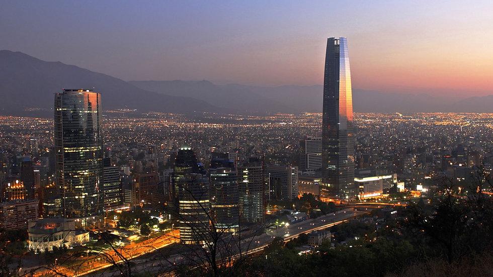 Imagen De Santiago de Chile al anochecer