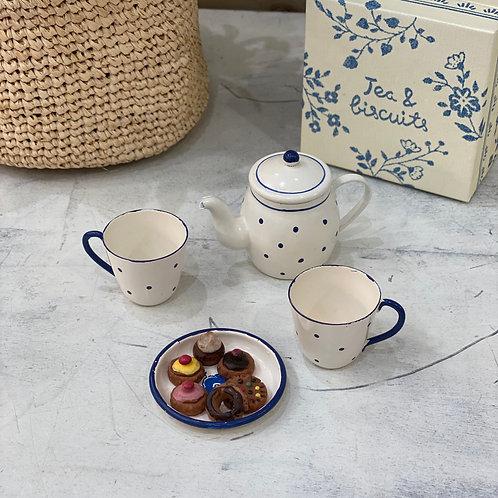 Thé et biscuits pour deux