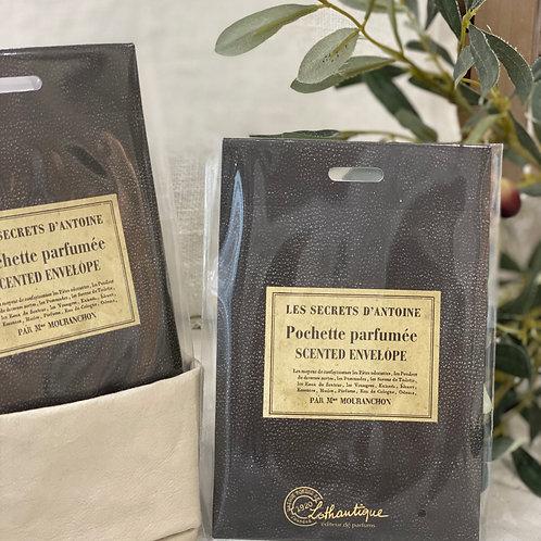 POCHETTE PARFUMEE LES SECRETS D'ANTOINE - Lothantique