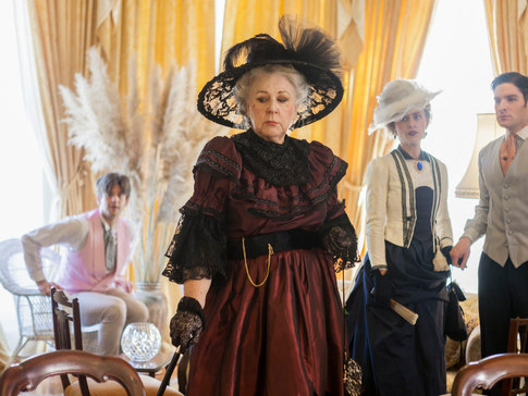Lady Bracknell – Marie-Therese Byrne