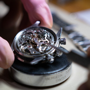 5 Things To Consider When Choosing A Trusted Watch Service Centre
