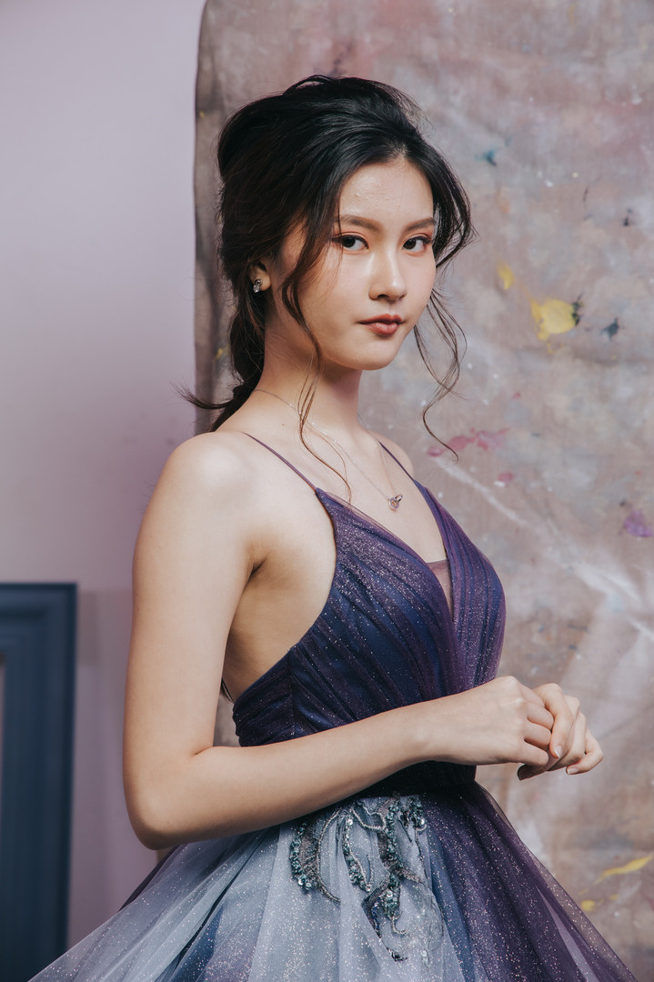 Zhi Xuan - Purple Gown