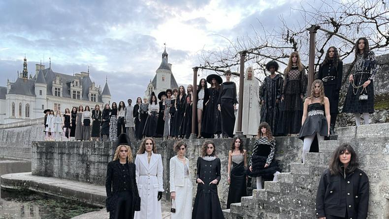 Показ Chanel Métiers d'Art 2021