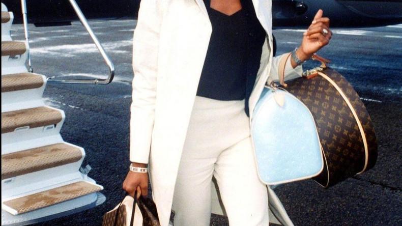 Наоми Кэмпбелл, 1990 год