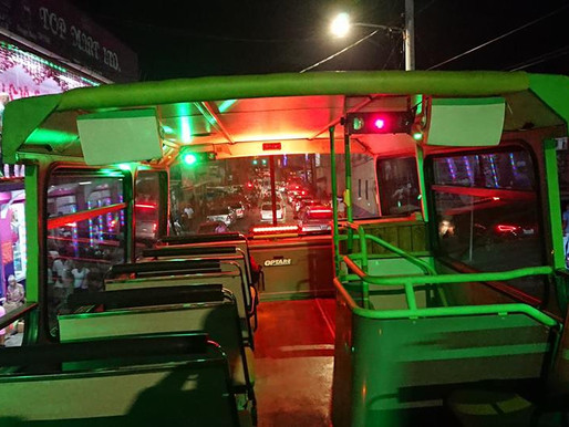 Margaritaville - Party Busses