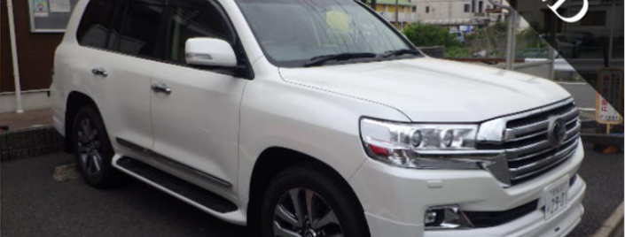 Toyota Land Cruiser ZX V8