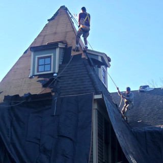Above It All Roofing Services9_edited.jpg