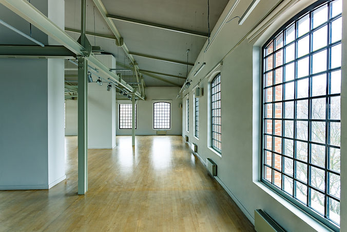 building-with-loft-windows-PJKTW79.jpg