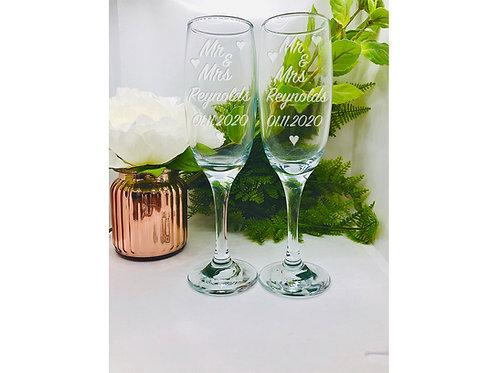 Personalised Mr & Mrs Champagne Flutes Set. Wedding Gift. Set of 2
