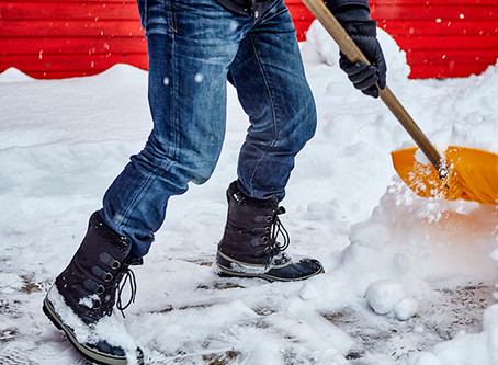 6 Tips to Shoveling Snow Safely