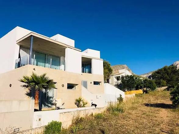 Moderne Villa am Meer CSP.webp