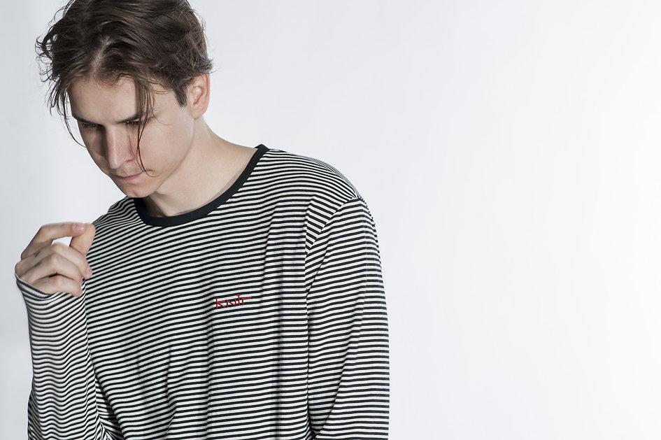 Long-sleeve-stripes-tee-detail.jpg