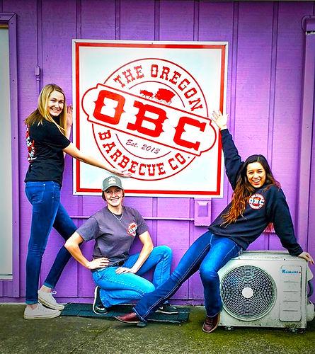 Oregon BBQ Restaurant - Food Girls