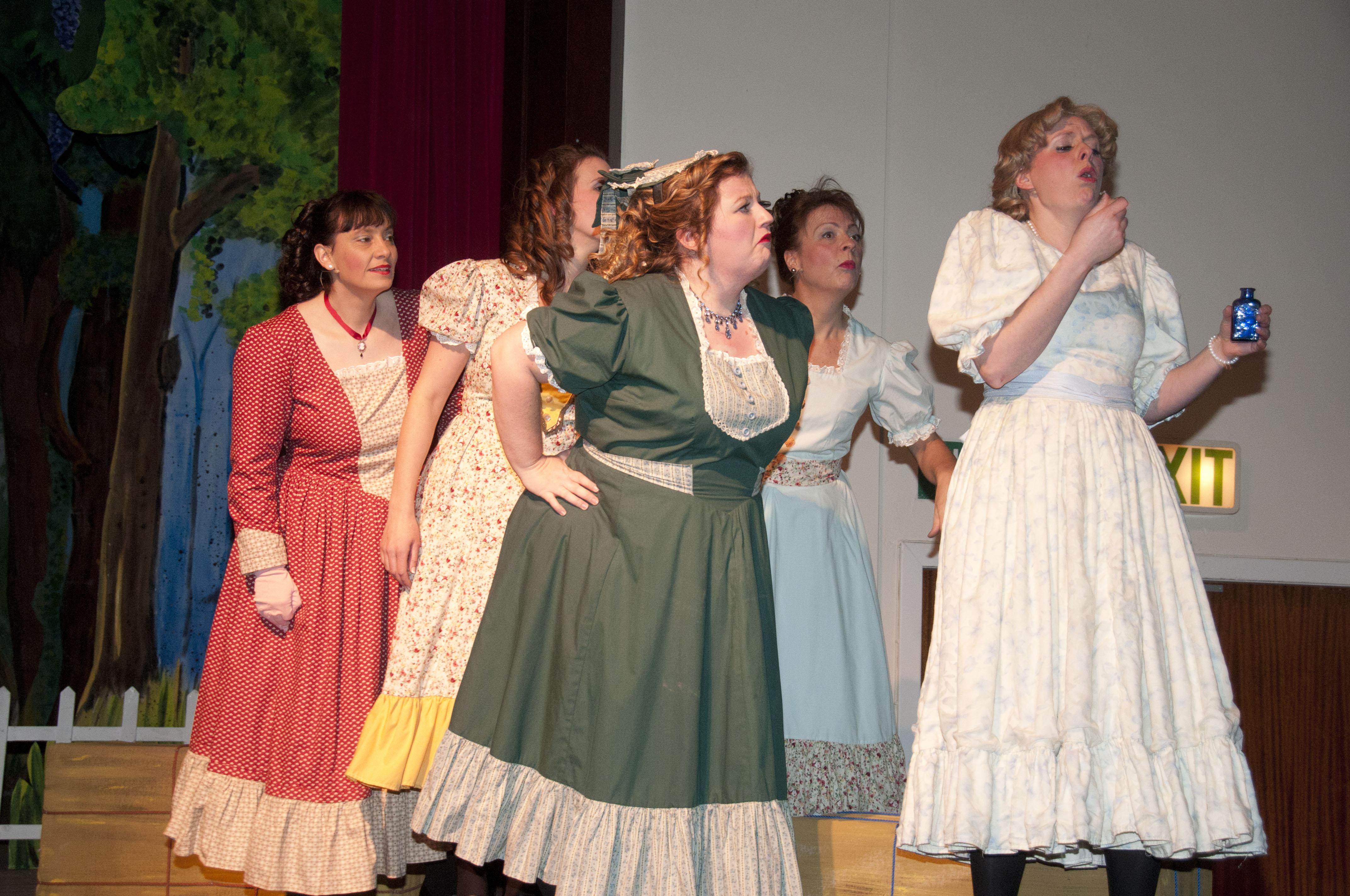 Gertie, Laurey & Girls
