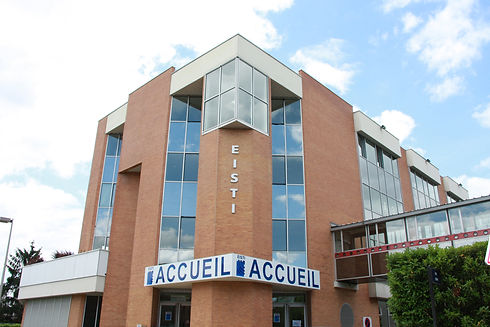 Batiment-Officiel-Cergy.jpg